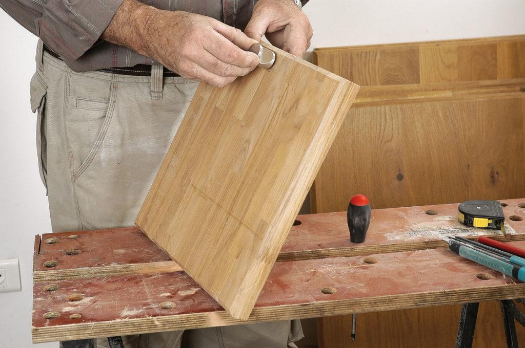Int grer une planche d couper dans le plan de travail de for Planche de travail cuisine