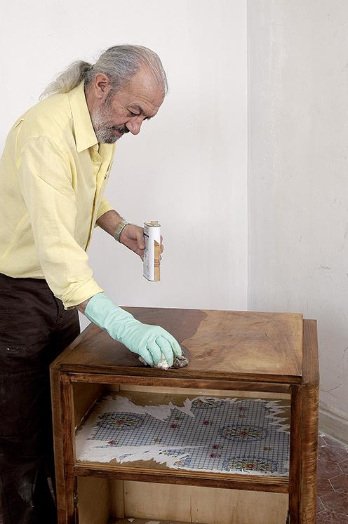 r nover un meuble verni bricolage avec robert