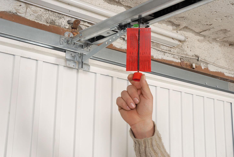 Porte de garage archives bricolage avec robert for Ouverture de porte electrique