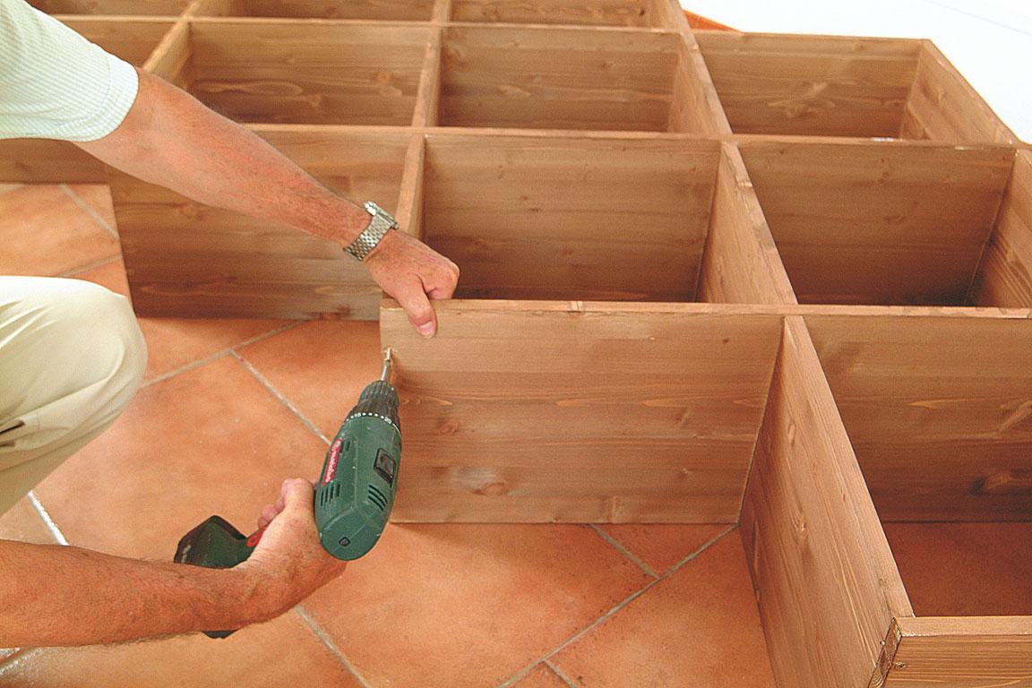 R aliser une biblioth que en biais bricolage avec robert - Construire une etagere bois ...