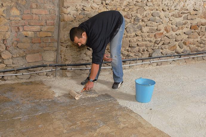 Peinture archives bricolage avec robert for Peinture beton garage