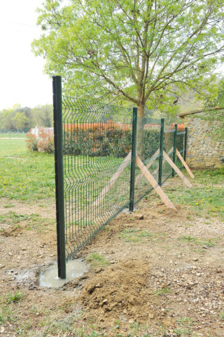 clôture métallique en panneaux-33