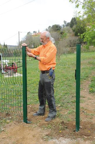 clôture métallique en panneaux-54