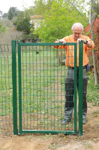 clôture métallique en panneaux-60