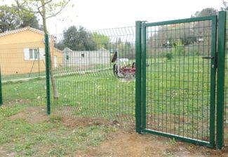 clôture métallique en panneaux-64
