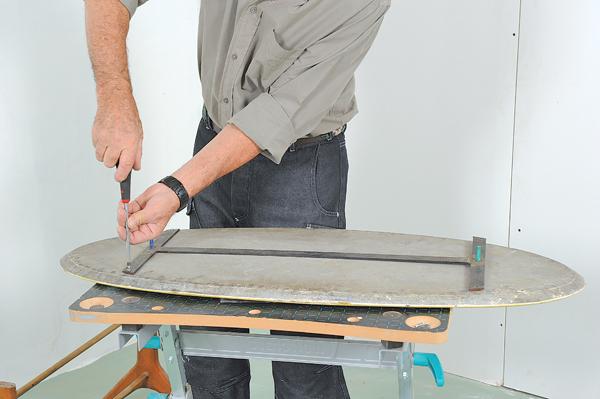 table basse ovale 05 bricolage avec robert. Black Bedroom Furniture Sets. Home Design Ideas