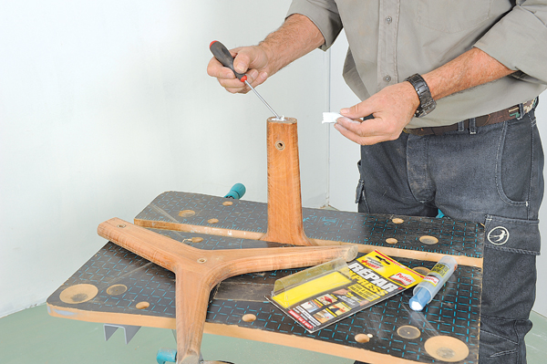 table basse ovale 10 bricolage avec robert. Black Bedroom Furniture Sets. Home Design Ideas