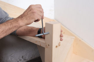 Bricolage avec Robert-escalier en bois-23