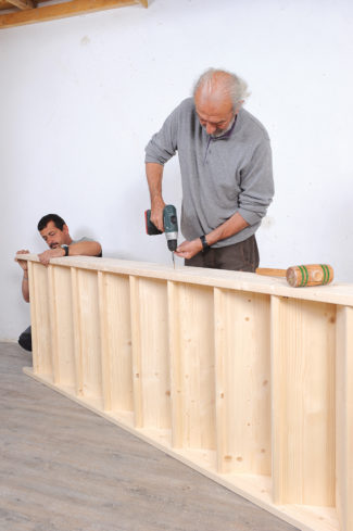 Bricolage avec Robert-escalier en bois-30