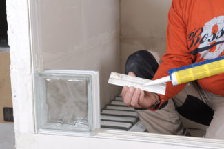 Bricolage avec Robert-mur en brique de verre-12