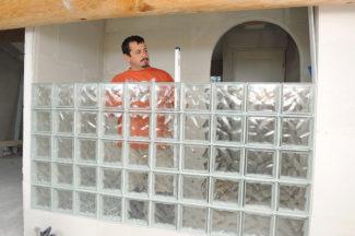 Bricolage avec Robert-mur en brique de verre-29