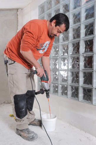 Bricolage avec Robert-mur en brique de verre-39