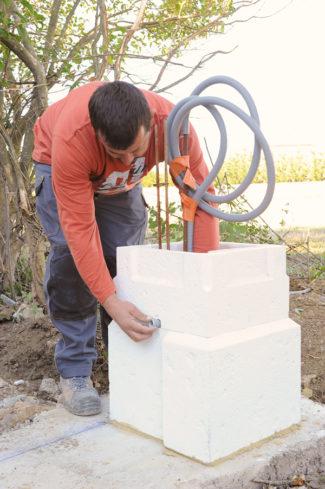 Bricolage avec Robert-pilier en pierre-15