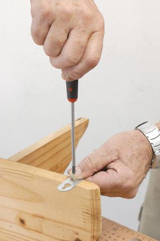 Accrocher une étagère-bricolage agec robert-07