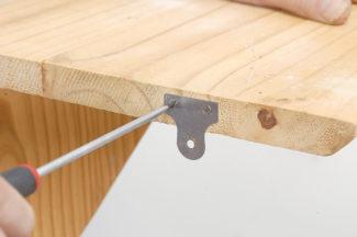 Accrocher une étagère-bricolage agec robert-10