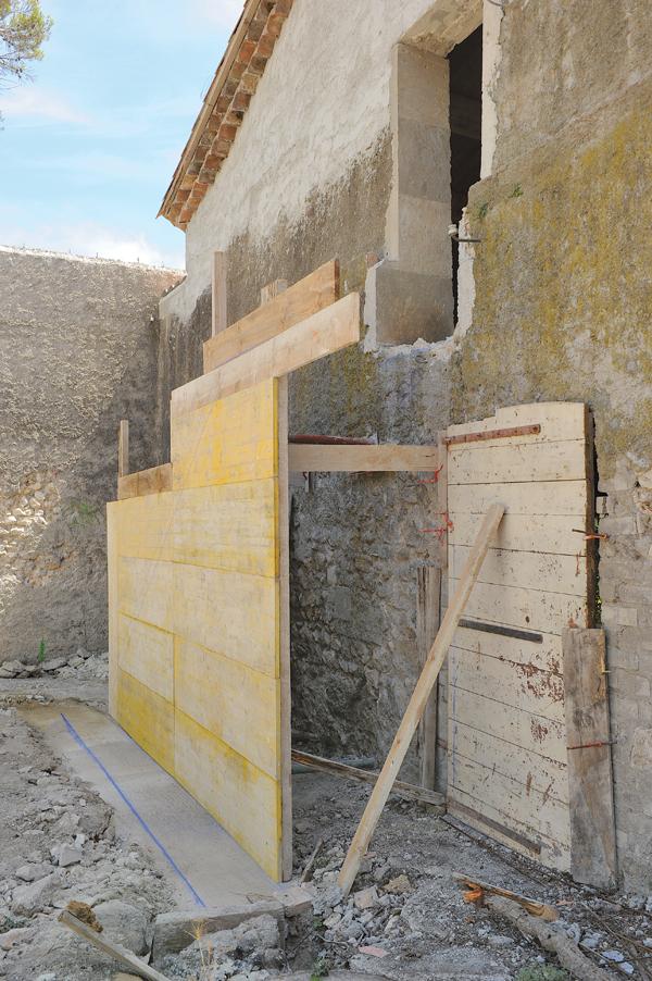 Construire un escalier en pierre avec clairage int gr for Pierre pour mur exterieur