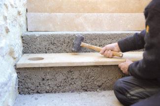 escalier en pierre-71-Bricolage avec Robert