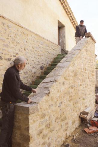 escalier en pierre-96-Bricolage avec Robert