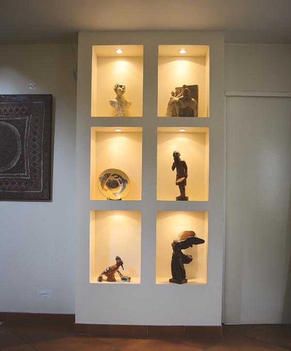 R aliser des niches des meubles et des coffres en plaques for Meuble niche murale