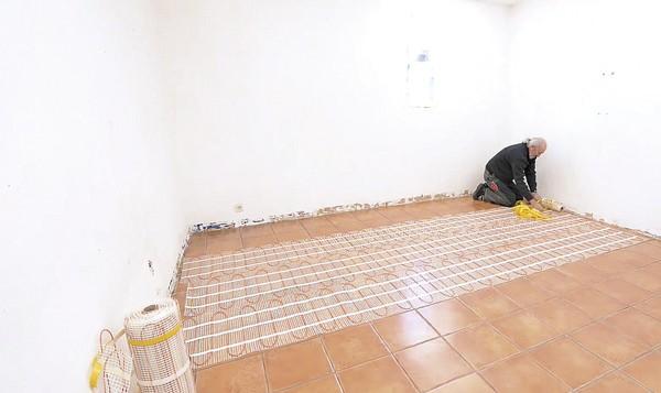 Bricolage avec robert des centaines de fiches bricolage for Fissure carrelage plancher chauffant