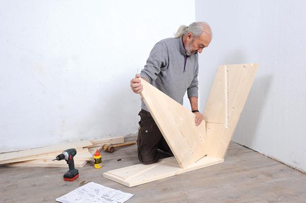 Bricolage avec Robert-escalier en bois-07