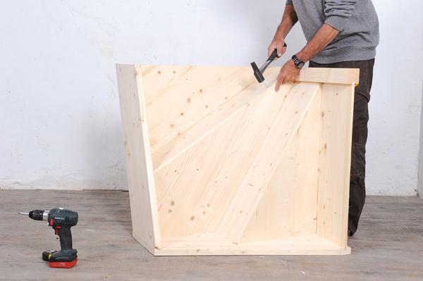 Bricolage avec Robert-escalier en bois-15