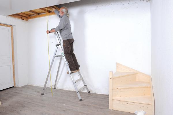 Bricolage avec Robert-escalier en bois-19