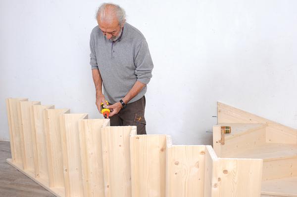 Bricolage avec Robert-escalier en bois-28