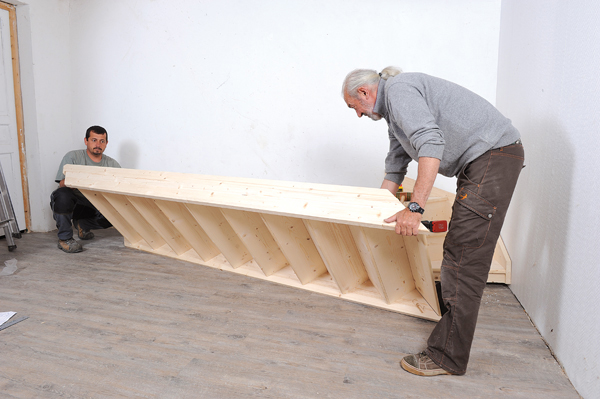 Bricolage avec Robert-escalier en bois-31