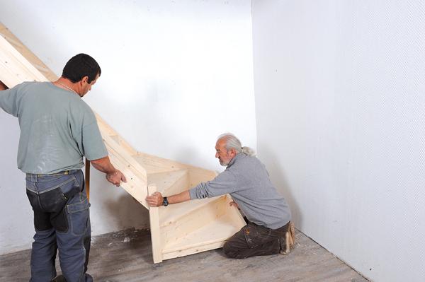 Bricolage avec Robert-escalier en bois-34
