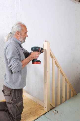 Bricolage avec Robert-escalier en bois-43
