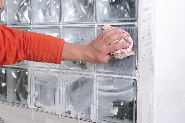 Bricolage avec Robert-mur en brique de verre-44