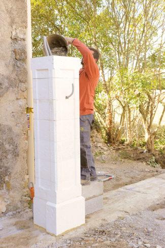 Bricolage avec Robert-pilier en pierre-23