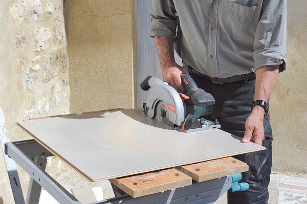 Poser des dalles au sol-bricolage avec robert-39