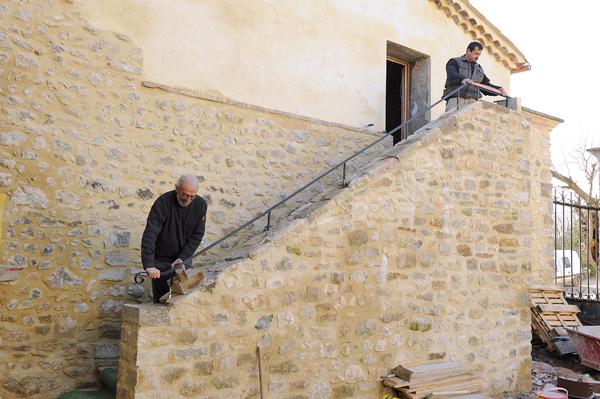 escalier en pierre-100-Bricolage avec Robert