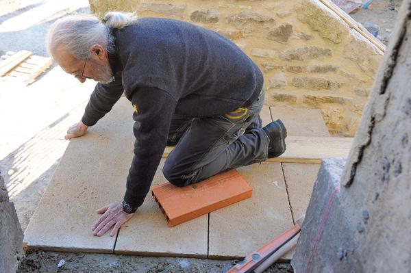 escalier en pierre-88-Bricolage avec Robert